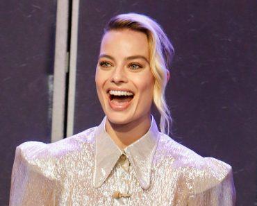 This is Margot Robbie Drunk photo